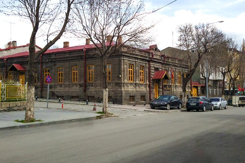 kars rum baltik mimarisi ornekleri
