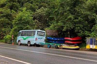 rize camlihemsin firtina rafting ekipmanlari 400x266