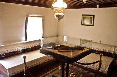 inonu savaslari karargah muzesi odalari 400x266