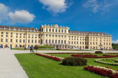 schonbrunn sarayi ve bahceleri viyana gezilecek yerler 400x266