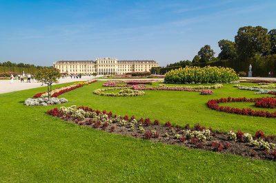 schonbrunn sarayi ve bahceleri viyana gorulecek yerler 400x266