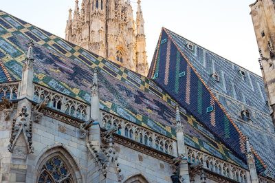 viyana aziz stephan katedrali catisi 400x266