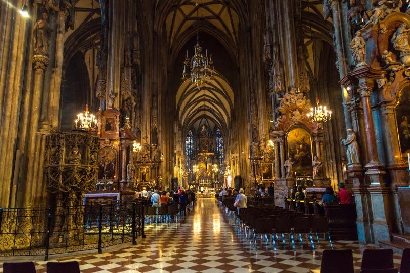 viyana aziz stephan katedrali ici