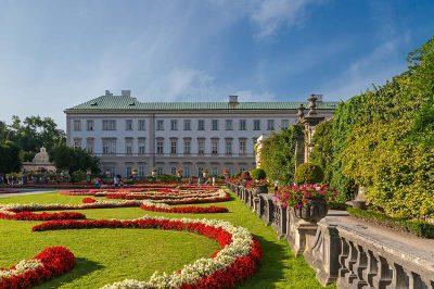 salzburg mirabell sarayi gorulecek yerler 400x266