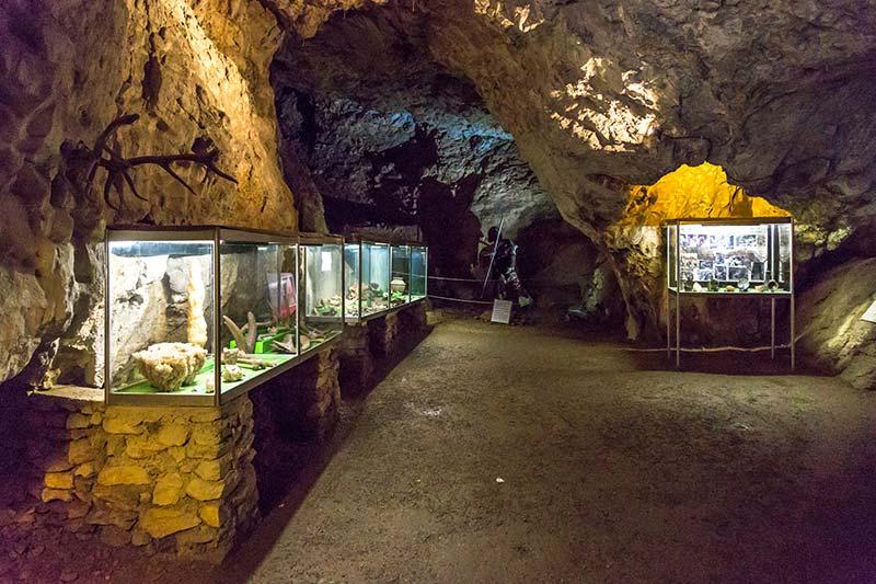graz lurgrotte magarasi arkeoloji muzesi eserleri