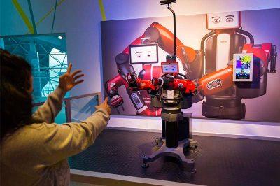 konya bilim merkezi taklitci robot 400x266