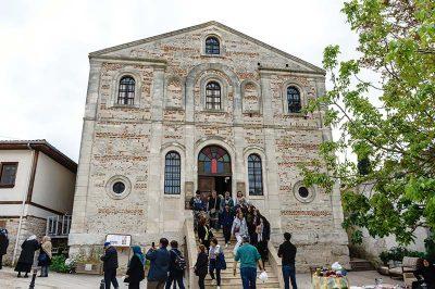 golyazi aziz panteleimon kilisesi binasi 400x266