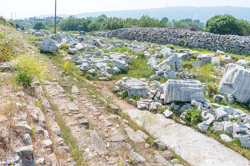erdek kyzikos antik kenti tapinak kalintilari