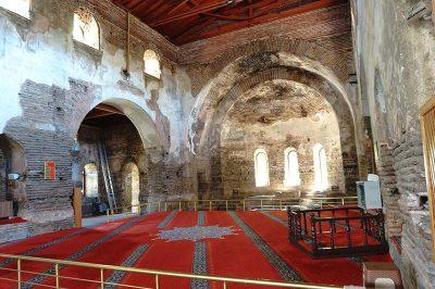 iznik ayasofya kilisesi ici 400x266